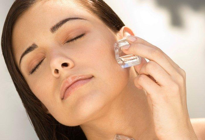 6 способов использования кубиков льда — лицо заметно посвежеет!